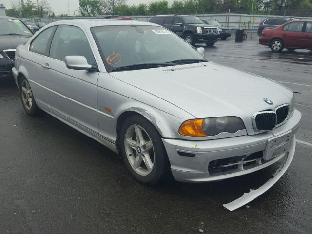 Sold 2003 BMW 325 salvage car