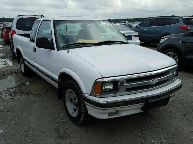 Sold 1997 CHEVROLET S10 salvage car