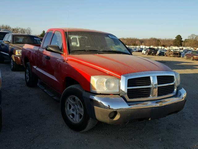 Sold 2005 DODGE DAKOTA salvage car